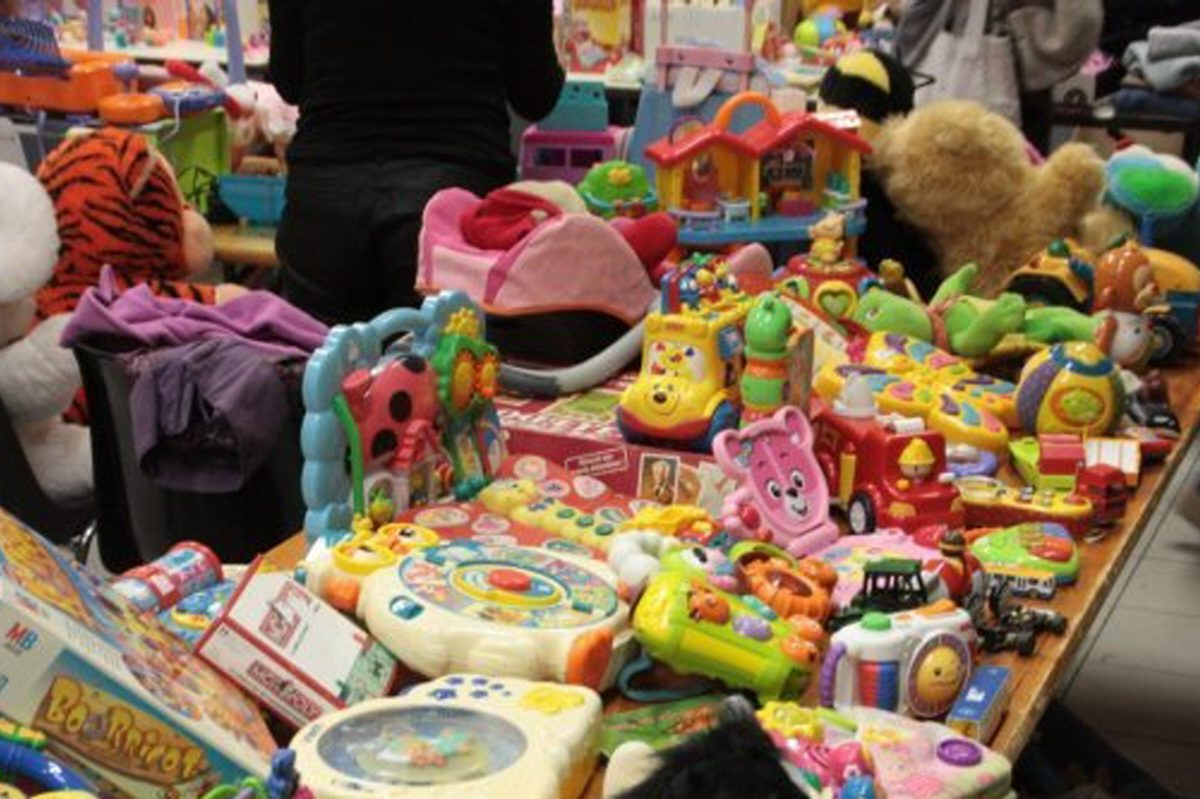 Foire aux jouets - Site officiel de la commune de Bouville fe4fd5d635e0